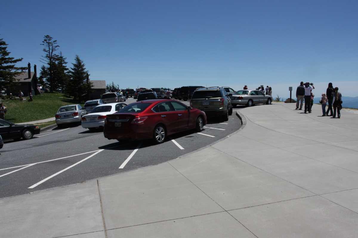 Crowded Clingmans Dome Parking Lot.